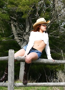 porn photos Farm girl in shades and a straw hat, ass , outdoor  undressing